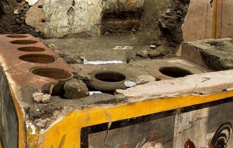 Un fast-food antique à Pompéi
