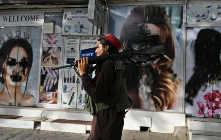 Quelle vie vont imposer les talibans?