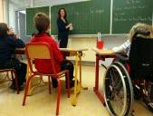 Je vais à l'école malgré mon handicap
