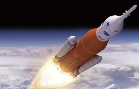 Super-fusée pour la Lune