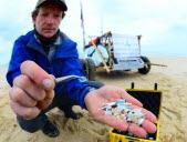 La chasse aux microplastiques