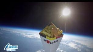 Un cornet de frites dans l'espace