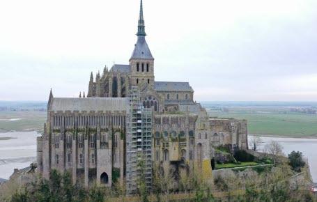 Méga chantier au Mont-Saint-Michel