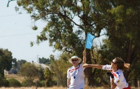 Apprends le boomerang avec une championne