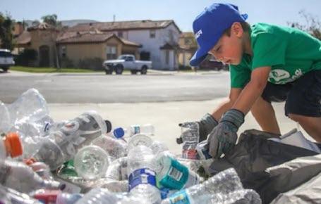 Ryan, super recycleur