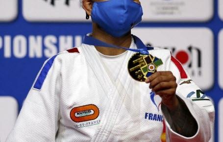 Judo : Amandine en or