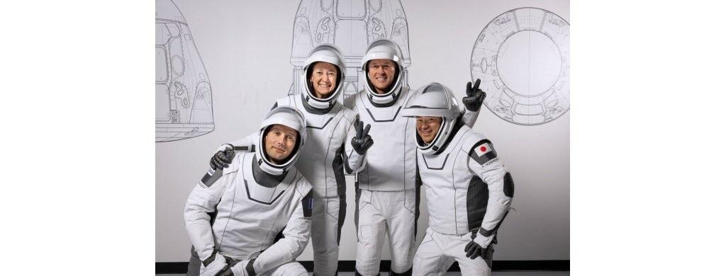 L'équipage dans leur nouvelle tenue avant de rejoindre l'ISS dès le 22 avril. Photo Nasa/SpaceX