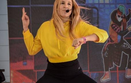Danse comme Dina!